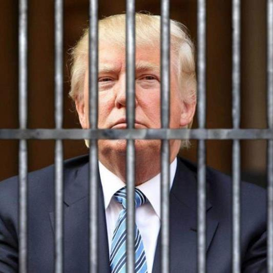 trump-behind-bars